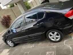 Título do anúncio: Honda City LX (Carro muito novo)