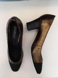 Sapato novo couro tam. 37