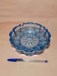 Cinzeiro vidro azulado vintage marca kig indonesia
