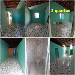 Casa 3 quartos Itapuã