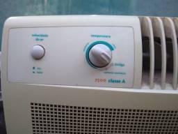 Ar condicionado 7500 BTU Consul conservado