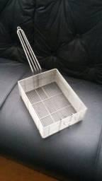 Título do anúncio: Cesto retangular 26x20x9cm para fritador Aramig