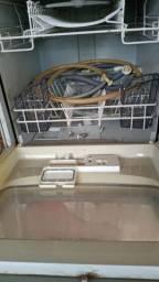 Vende-se lava-louças
