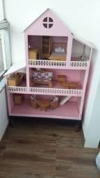 Casa de boneca com acessórios grande