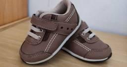Sapato bebê número 19 como novo