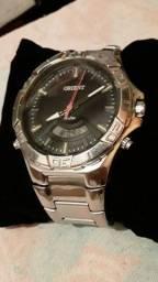 Relógio oriente 245$