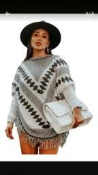 Poncho em tricot lindo e quentinho veste p ao gg. Aceito cartões. Entregamos