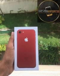 iPhone 7 red /128GB , VITRINE , bateria 100% novo , sem uso , caixa e acessórios