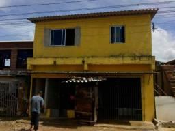 Casa no bairro de alto do santo Antônio .
