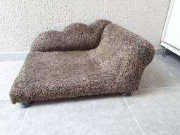 Título do anúncio: Cama Sofá Divã Pet Usado em Ótimo estado em Pelúcia para cães e gatos