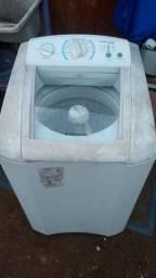 Máquina Eletrolux 9 kilos