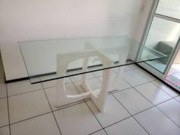 Título do anúncio: Mesa retangular com tampo de vidro e base de madeira branca