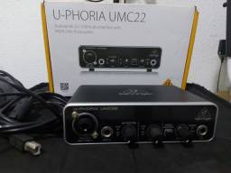 Interface Audio Behringer U-Phoria UM C22