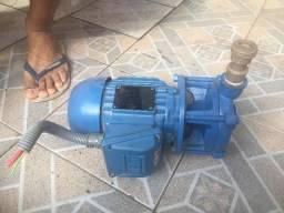 Bomba de Sucção RUDC/WEG 0,75 cv