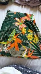 Saia floral cintura média tamanho P.