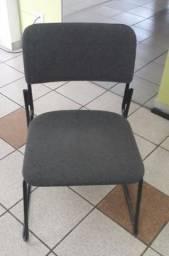 Cadeira para recepção ou mesa