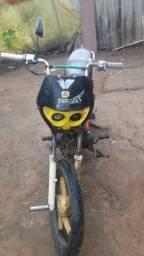Uma moto shineray - 2011