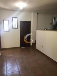 Casa com 1 dormitório para alugar por r$ 850/mês - caxambu - petrópolis/rj