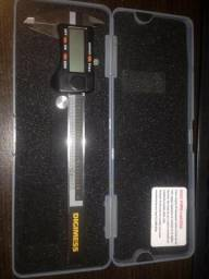 Paquímetro Digital 3 em 1 de 200mm Digimess