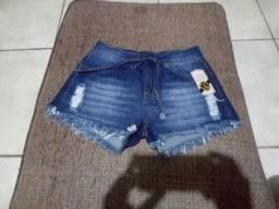 Shorts novo tamanho 38.