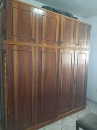 Guarda roupas 4 portas com maleiro