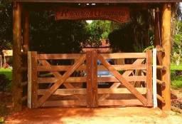 Porteiras de madeira em Castanhal - PA