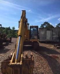 Escavadeira pc120