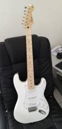 Guitarra Fender Stratocaster Standard White