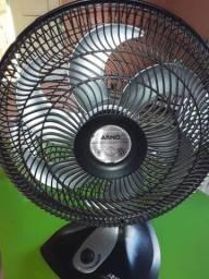 Vendo esse ventilador com defeito para retirada de peças