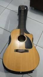 Vende-se violão fender