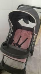 Vendo carrinho e bebê conforto semi novos pouco usados