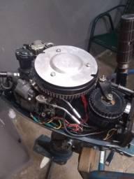 Motor Yamaha ano 80 de 8 hp funciona certinho vendo ou troco por algo do meu interesse
