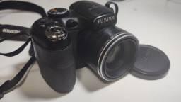 Câmera Fujifilm Finepix 14MP- Modelo S2950
