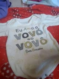 Roupa de bebê menina