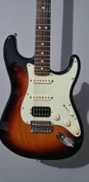 Guitarra Fender Stratocaster Deluxe HSS LoneStar - México MIM