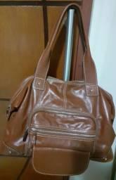 Bolsa em couro marrom