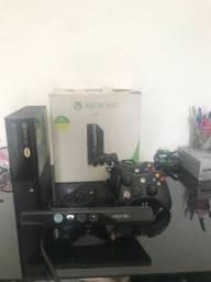 Xbox 360 4G Trava original para jogar on-line