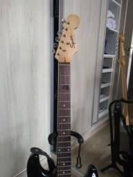Guitarra Squier Bullet Preta