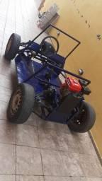 Minibug caseiro com motor estacionário e caixa de macha de gol AP