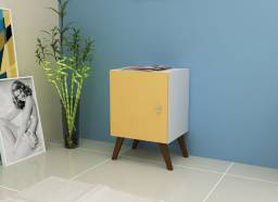 Mesa de Cabeceira Cubo Amarelo