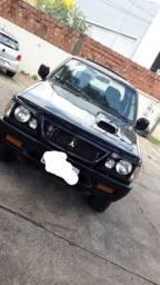 L200 Mitsubishi 2000
