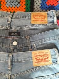 Calça jeans masculina  tamanho  44  LÉVI