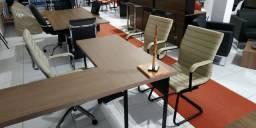 Cadeiras e Poltronas em promoção
