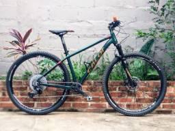 Bicicleta Aro 29 - quadro 17 ou M - Caloi Elite 2020 com Suspensão Manitur Markhor