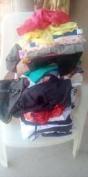 Vende-se lote de roupas usadas em perfeito estado