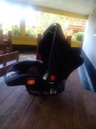 Bebê conforto muito novo pouquíssimo usado