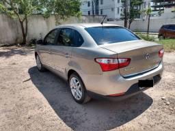 Fiat Grand Siena 1.6 Essence Dualogic mod. 2014 - único dono