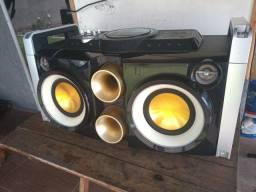 Minisystem Som Philips Party Machine Fwp2000 E Mini System 3 Disc Cd  MP3 Toshiba