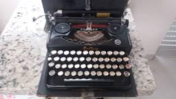 Máquina de escrever alemã ERIKA, DÉCADA DE 50