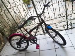 Vendo bike infantil caloi monster high